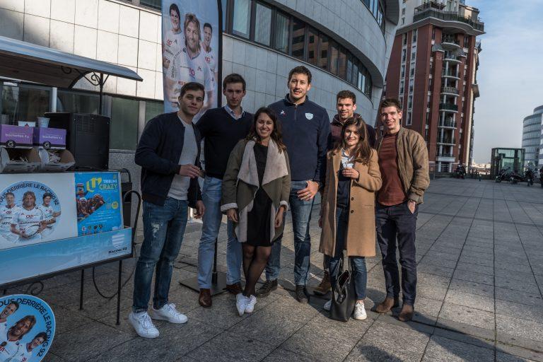Patricio Albacete avec les etudiants du pôle Leonard de Vinci
