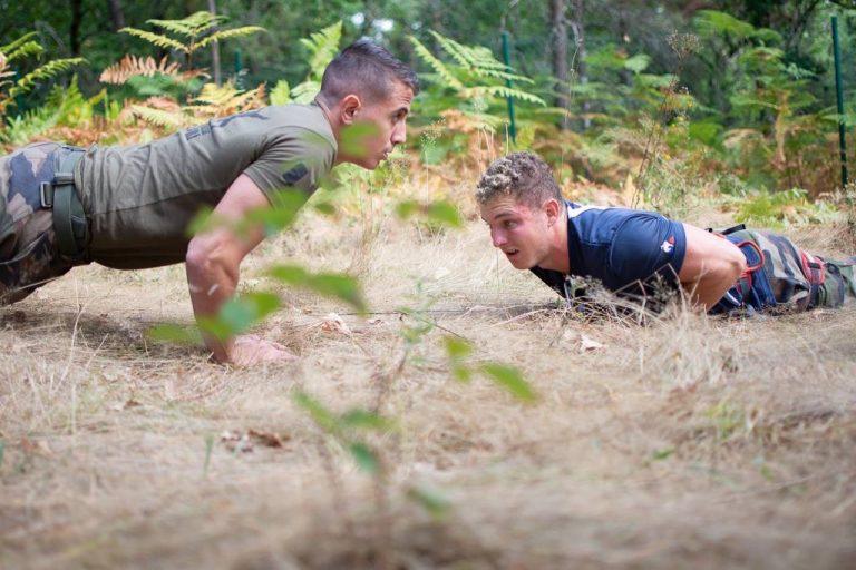 Exercice entre militaires et Ciel et Blanc