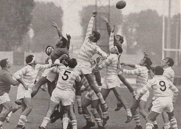 Match en 1969 avec François Zlicaric en touche
