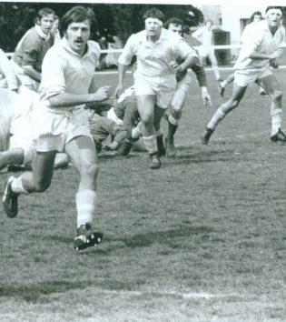 1976 - Toupet