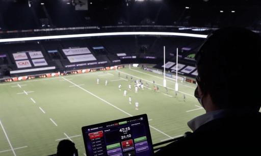 Dans les coulisses de Paris La Défense Arena : Un match avec l'arbitre du Racing !